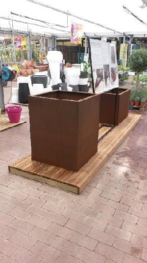 Exposition permanente de nos bacs en Corten à Villa Verde Ambarès